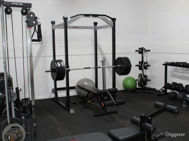 Gym – Strength and Conditioning Training Facility Photo 4