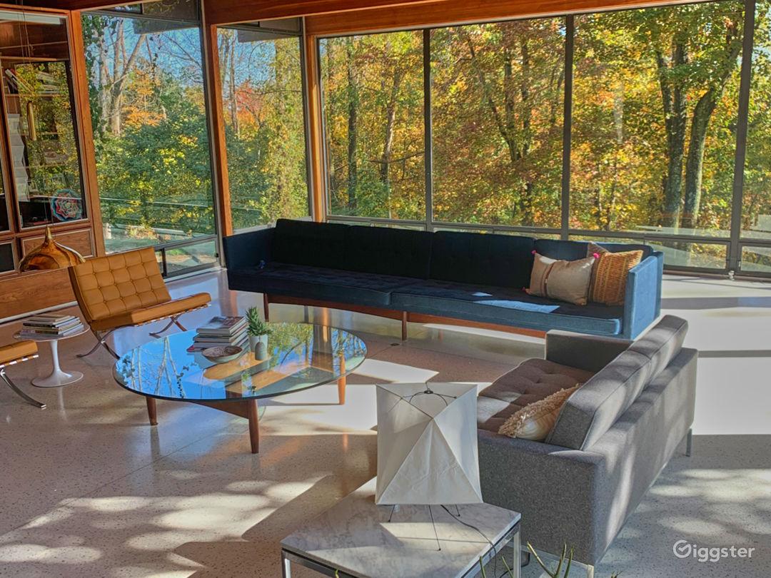 Modern suburban home: Location 5227 Photo 1