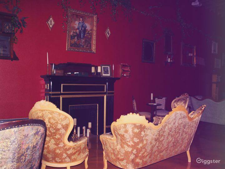 Spacious Old-World Victorian space in DLTA Photo 2