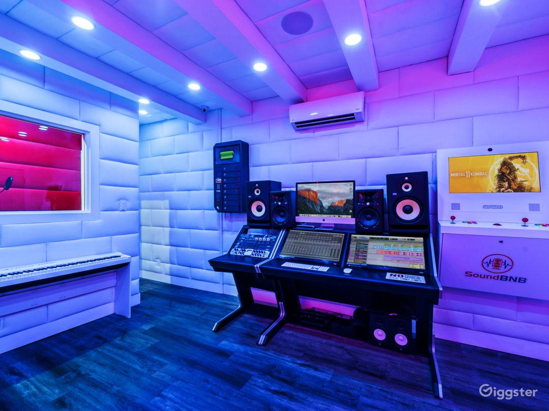 High Tech Recording Studio Photo 1