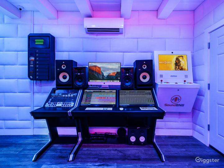 High Tech Recording Studio Photo 5