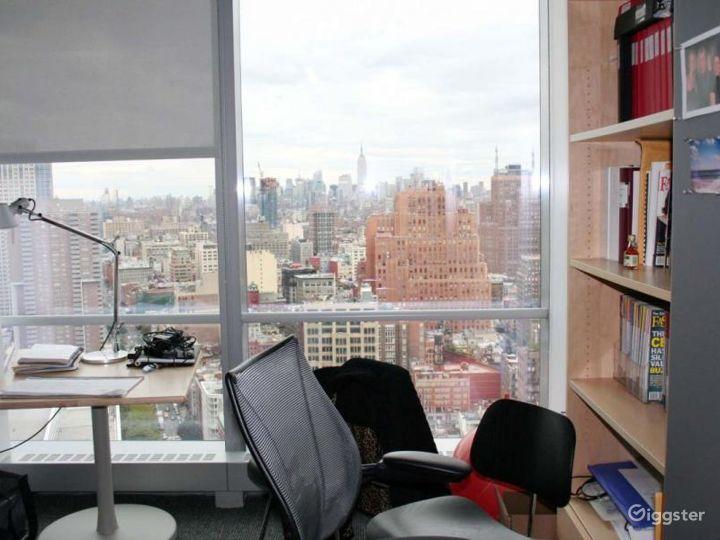 Modern skyscraper offices: Location 4232