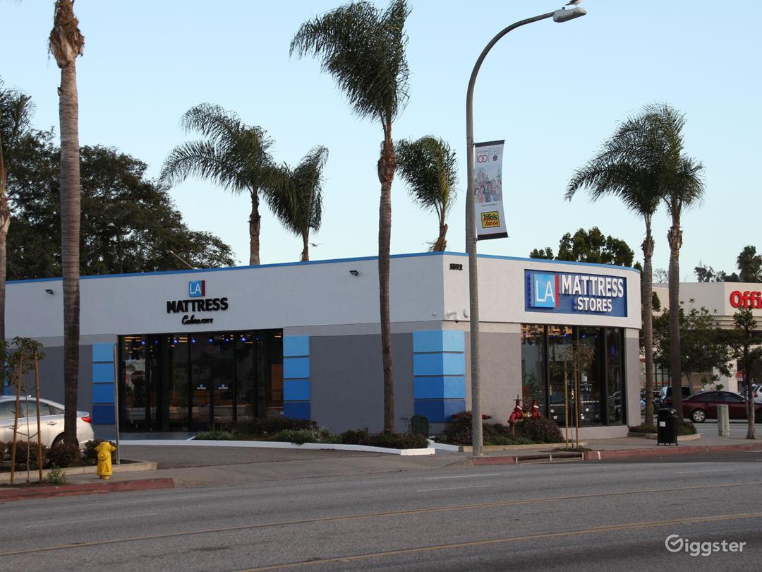 Mattress Store in Culver City, CA Showroom Photo 4