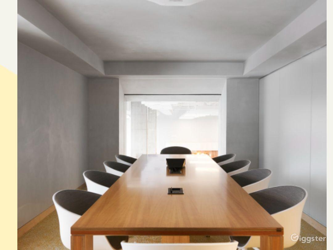 Amazing Boardroom in Dallas Photo 1