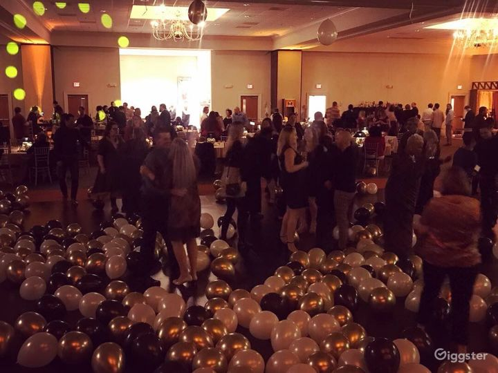 Enchanting Ballroom in Fredericksburg Photo 4