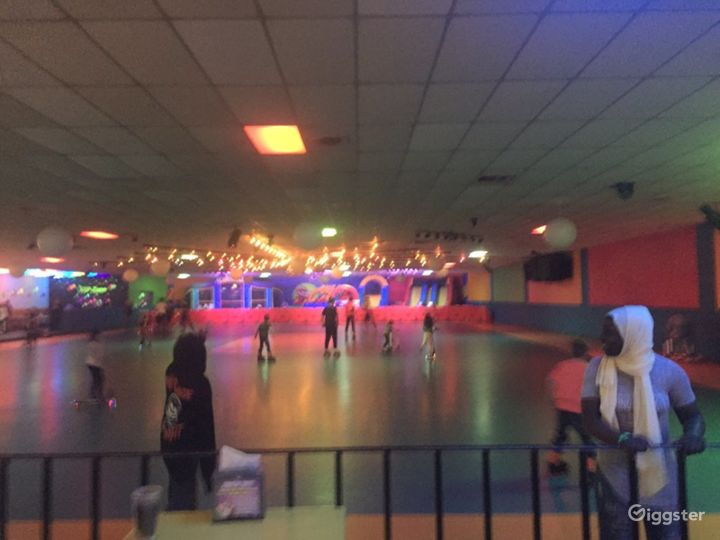 Spacious Skating Space in Minneapolis Photo 2