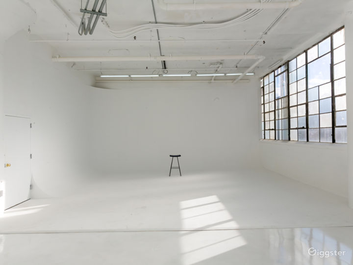 Elegant Light Filled w/ Cyc Wall for Events Photo 2