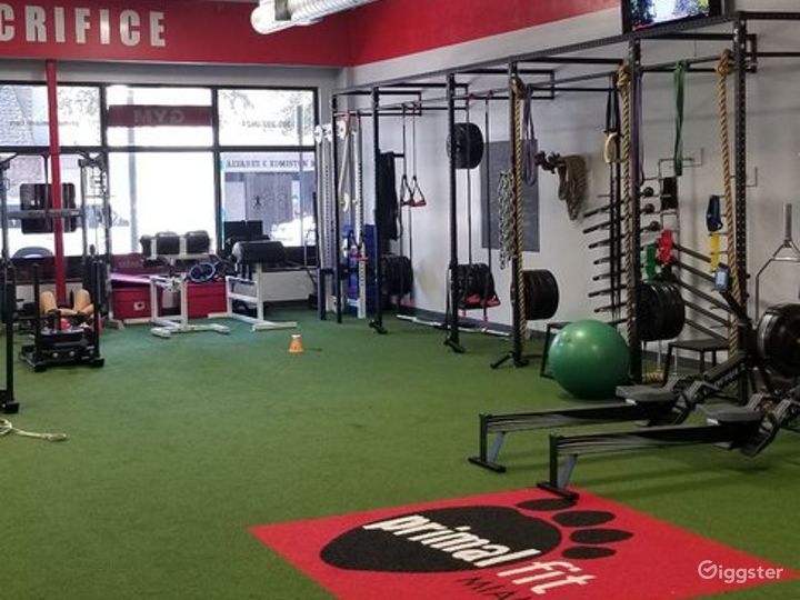 Contemporary and Well-Equipped Gym in Miami Photo 4