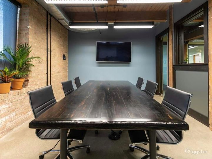 Conference Room in Pilsen Photo 2