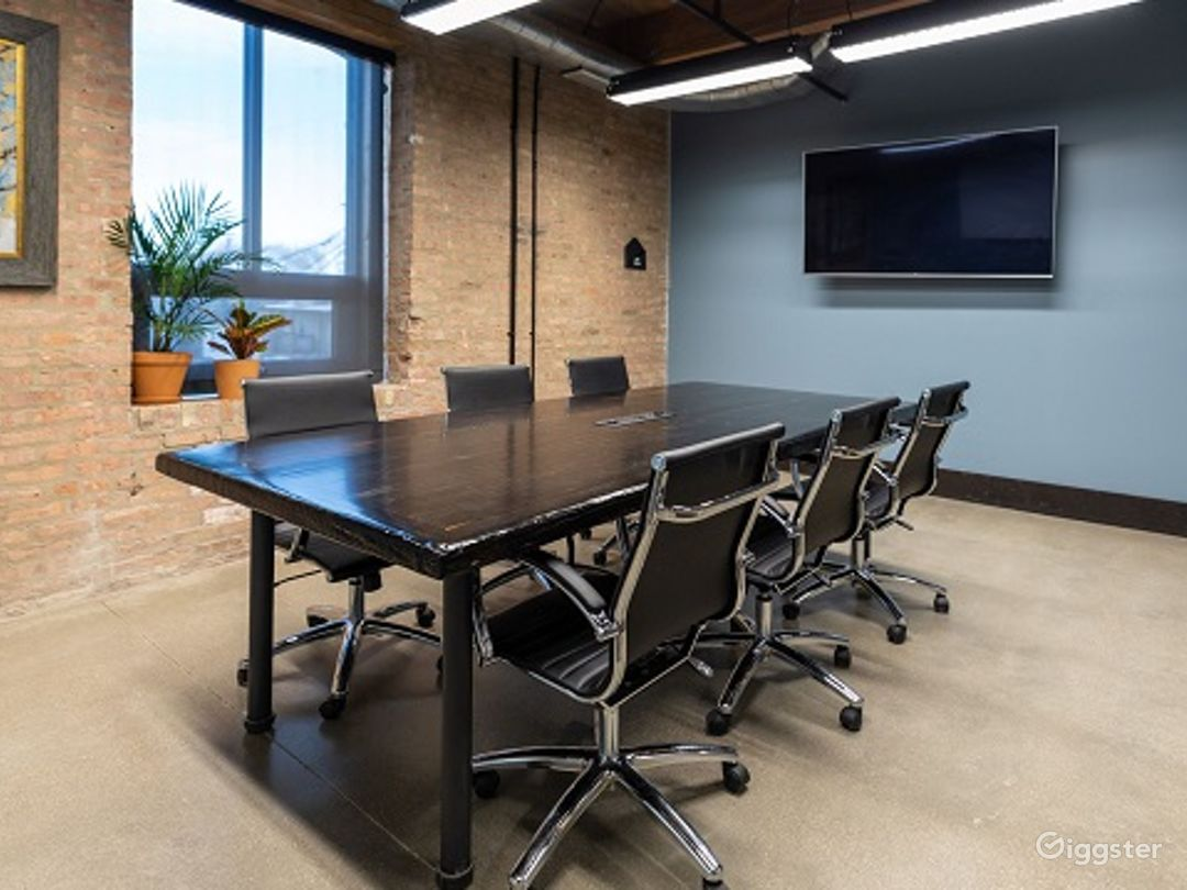 Conference Room in Pilsen Photo 1