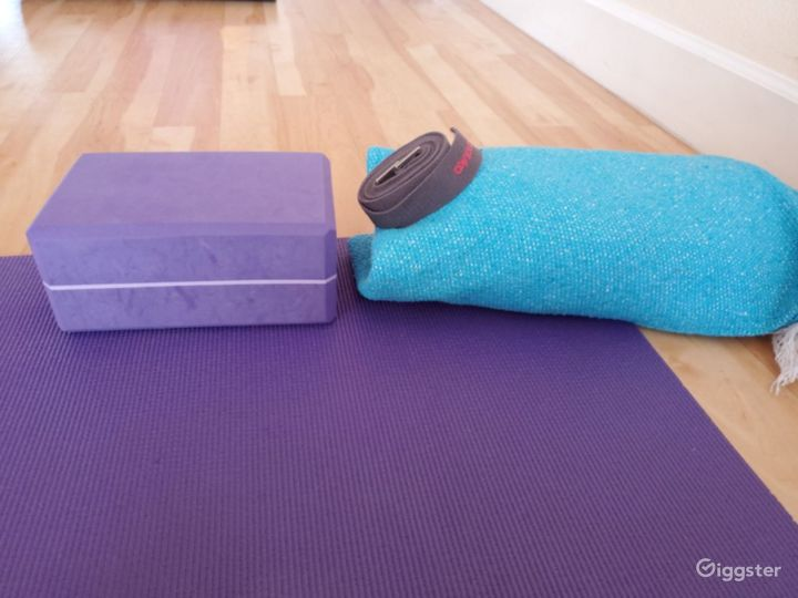 Serene, Bright, and Open, Flooded with Natural Sunlight Yoga Studio in EastSide Albuquerque Photo 4