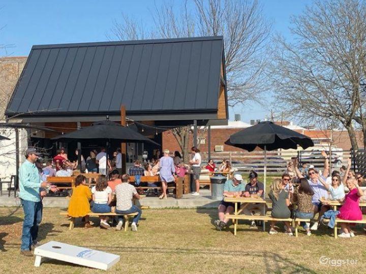 Great Outdoor Bar in Tulsa Photo 3