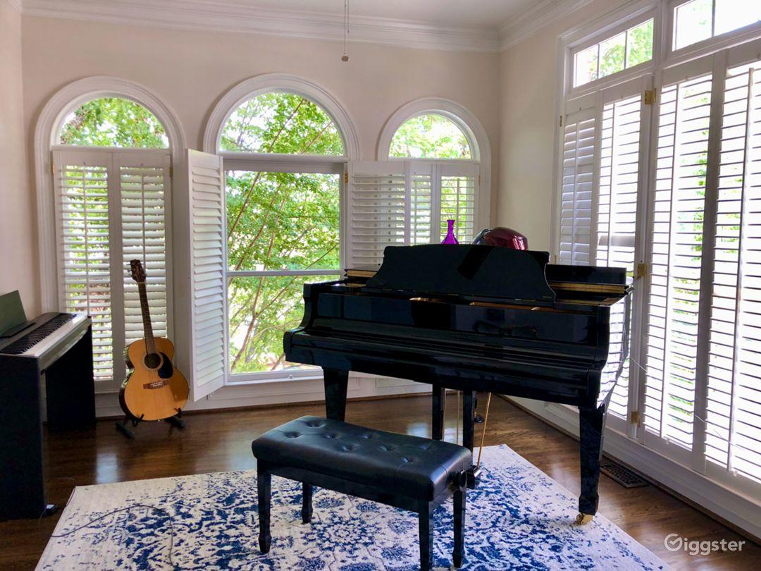 Upscale in Buckhead with Beautiful Piano Room Photo 2