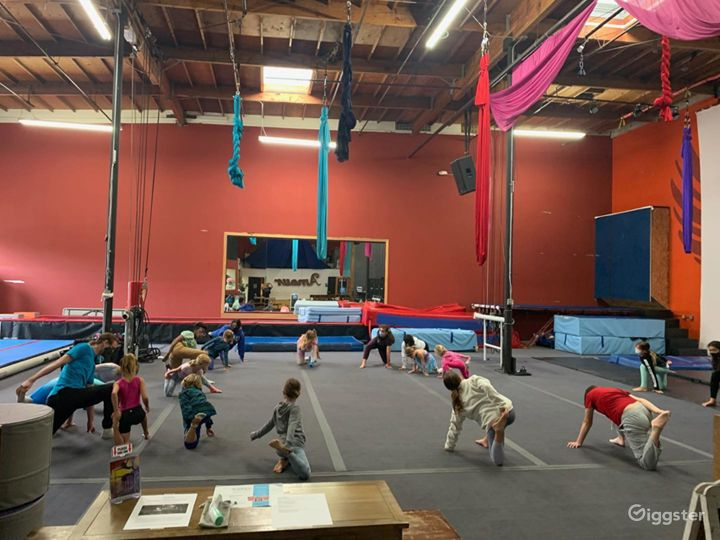 Buy Out Rental Entire 5000 Sq. Ft. Air Studio Best for Big Events Photo 2
