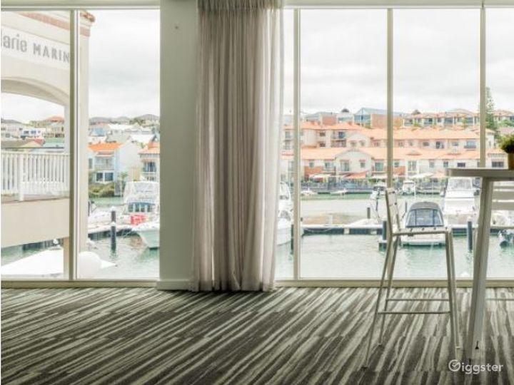 Modern Keys Suite with Floor to Ceiling Windows Photo 2