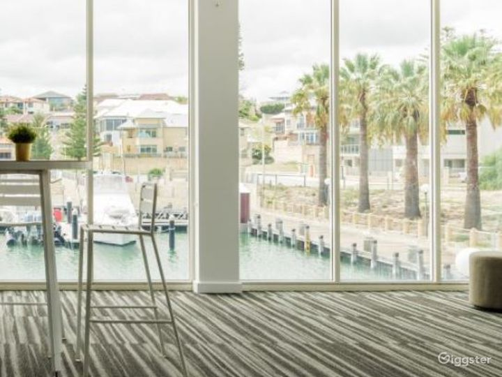 Modern Keys Suite with Floor to Ceiling Windows Photo 4