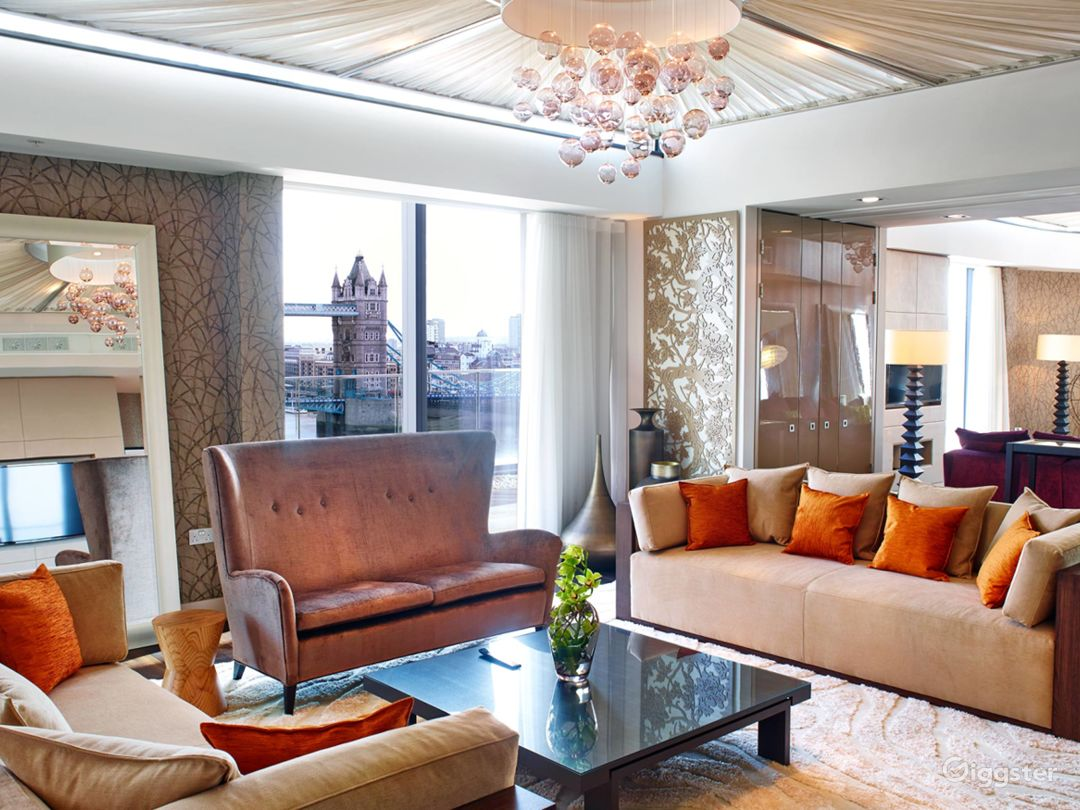 Cheval Three Quays -  Tower View Two Bedroom Penthouse in London Photo 1