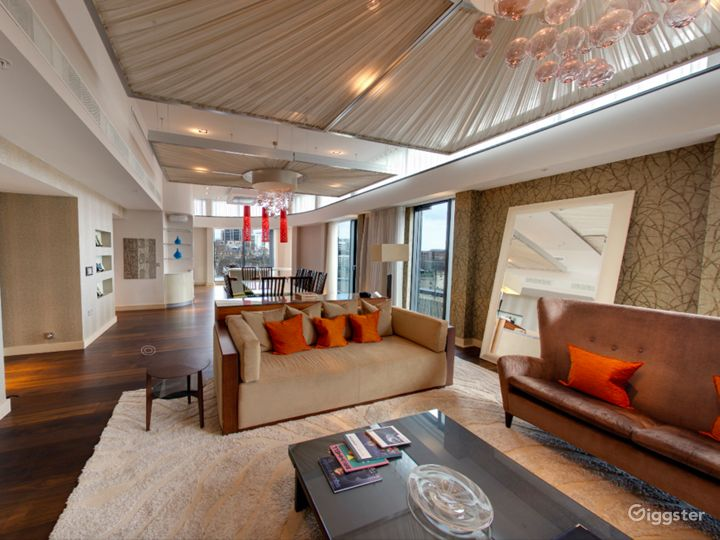 Cheval Three Quays -  Tower View Two Bedroom Penthouse in London Photo 3
