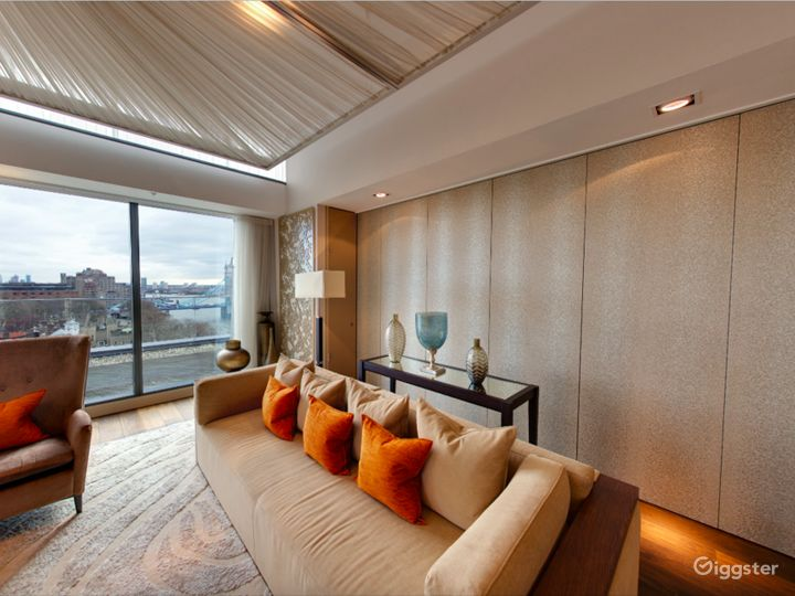 Cheval Three Quays -  Tower View Two Bedroom Penthouse in London Photo 2
