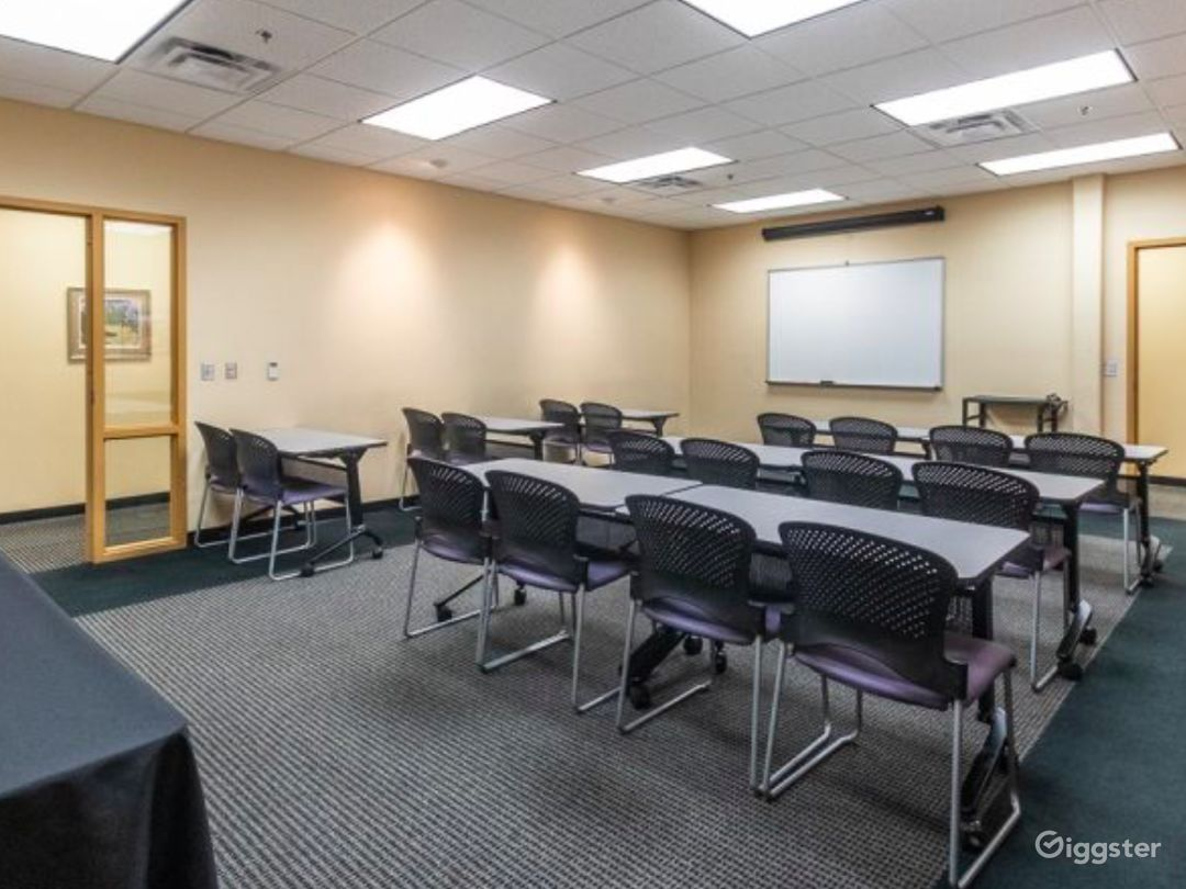 Well-kept Meeting Space in Albuquerque Photo 1