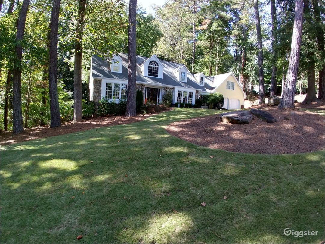 Quaint Cape Cod in beautifully wooded lot Photo 1