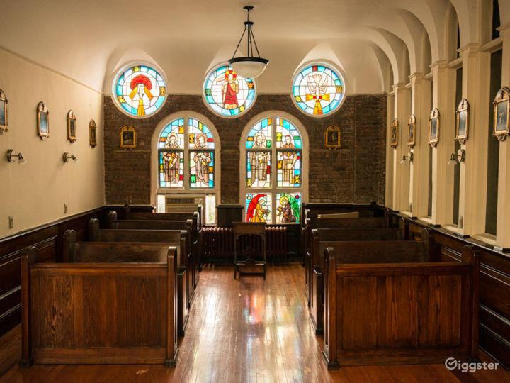 Downtown Manhattan Holy Chapel  Photo 5