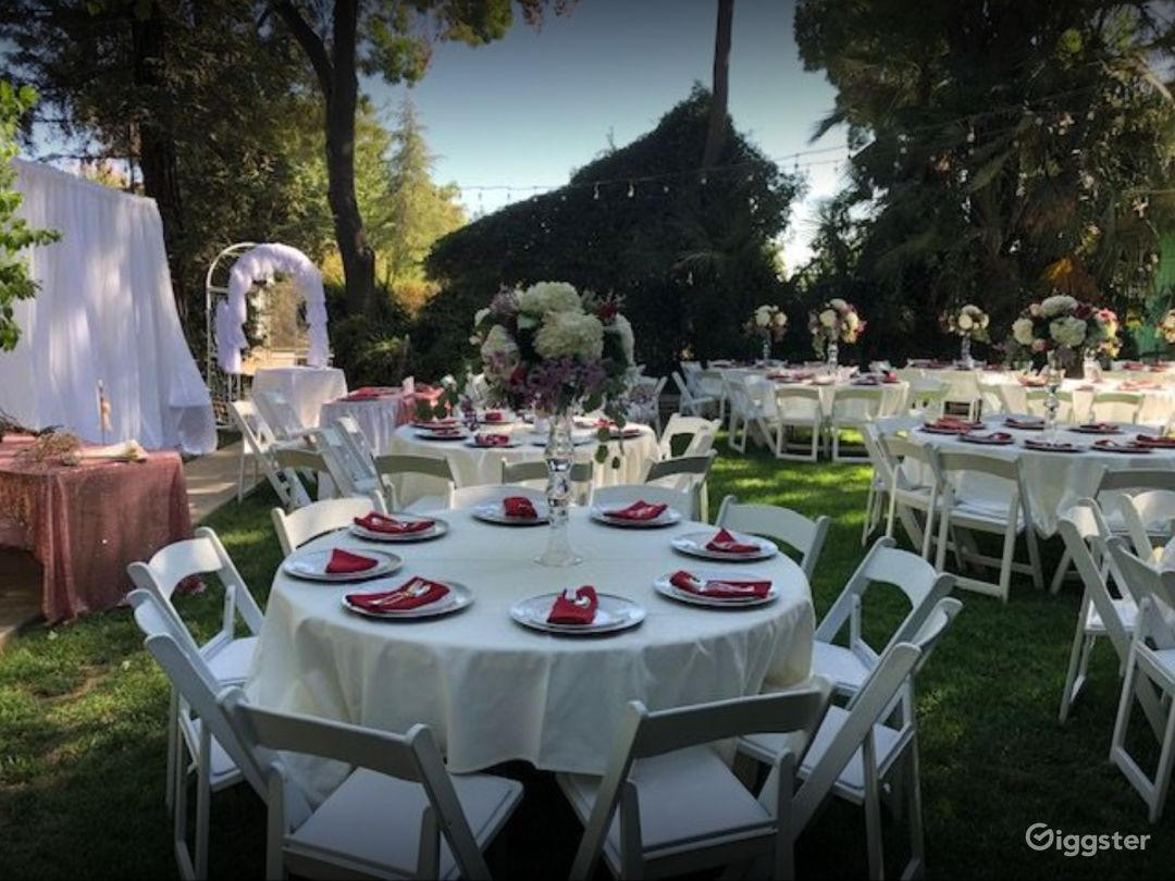 Beautiful Garden and Clubhouse for Events Photo 1
