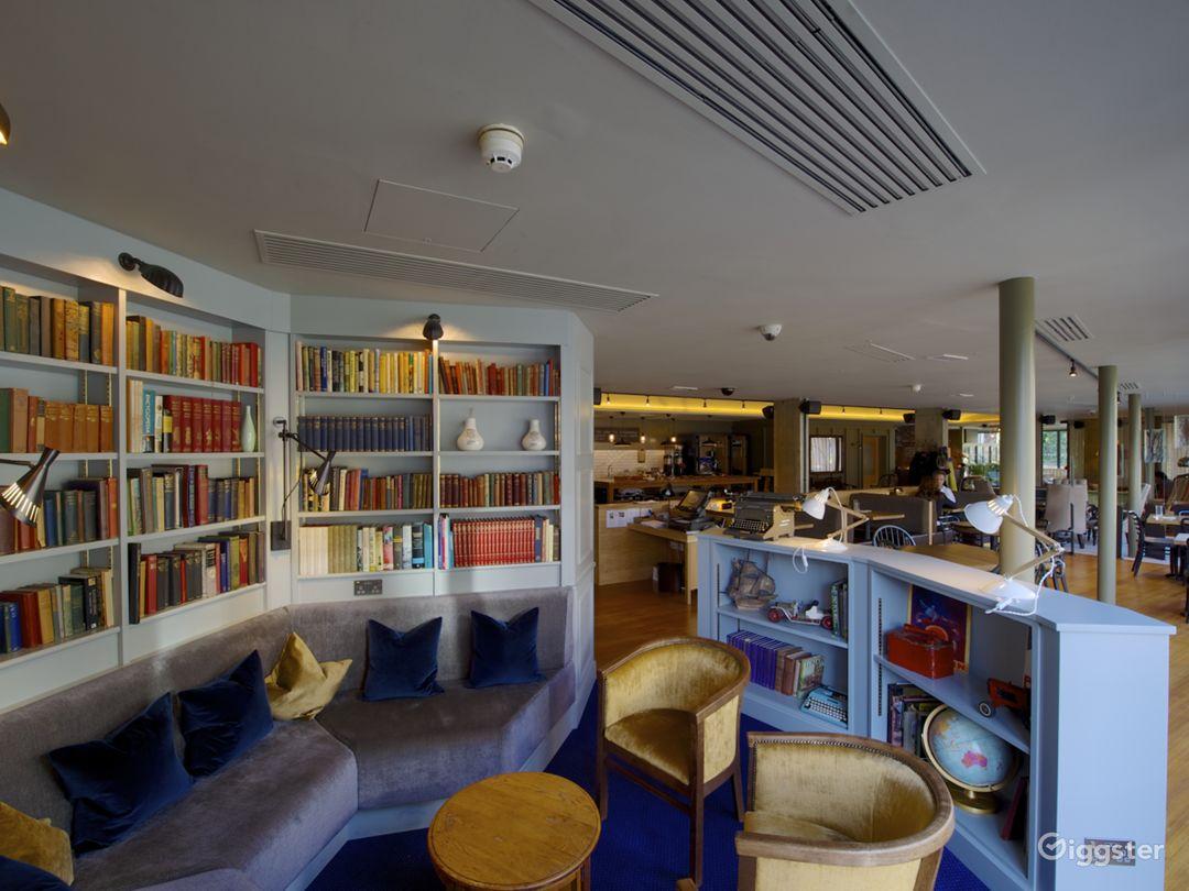 Semi-private Library in London Photo 1