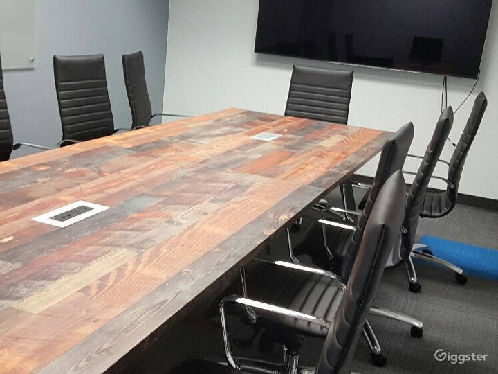 Cedar Top with Black Comfort Chairs - AV-Ready for Presentations - from Business Meetings to Birthdays to Baby Showers - and other mini events (Only Kids 16+ allowed)