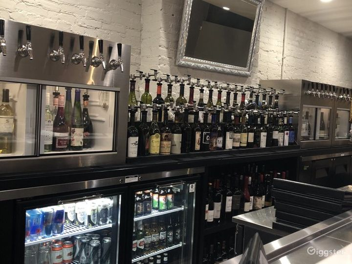 Exquisite Wine Bar and lounge in Grand Rapids Photo 3