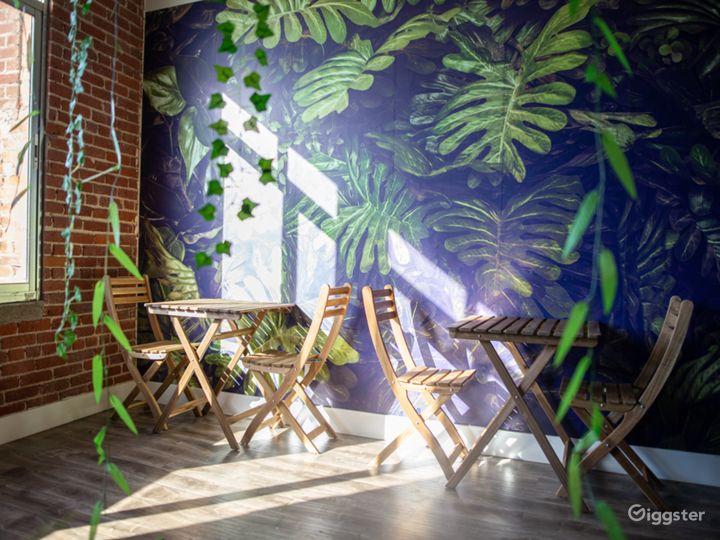 The Solar Gardens - Tropical Rainforest/Jungle Photo 2