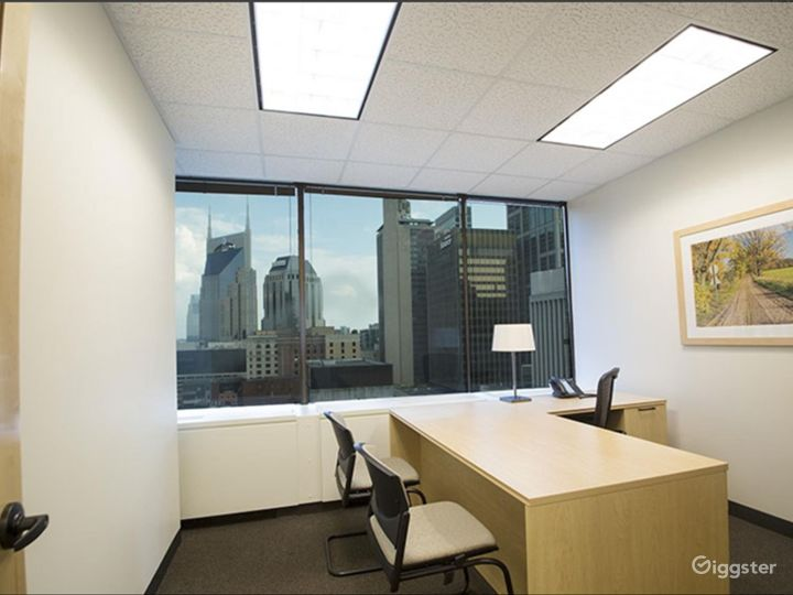 Private Executive Office 1506 Photo 2