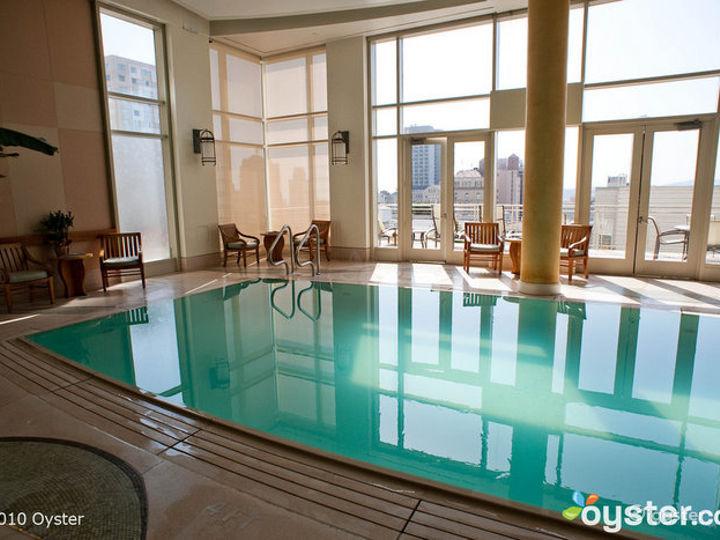 Award-Winning Indoor Spa Pool Photo 3