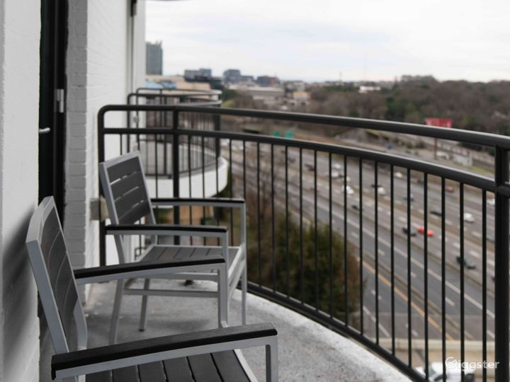 Boutique Luxury High Rise in Buckhead Photo 5