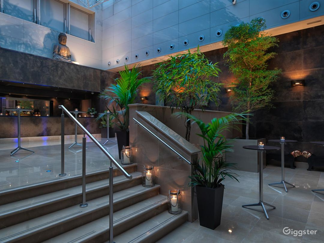 The Glowing Atrium in Mayfair, London Photo 1