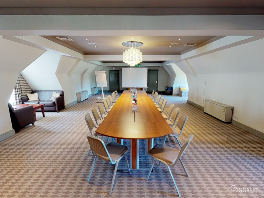 Magnificent Kennington Room in Oxford Photo 1