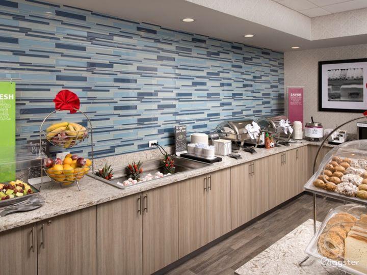 Lavishly Elegant Restaurant in Miami Photo 2