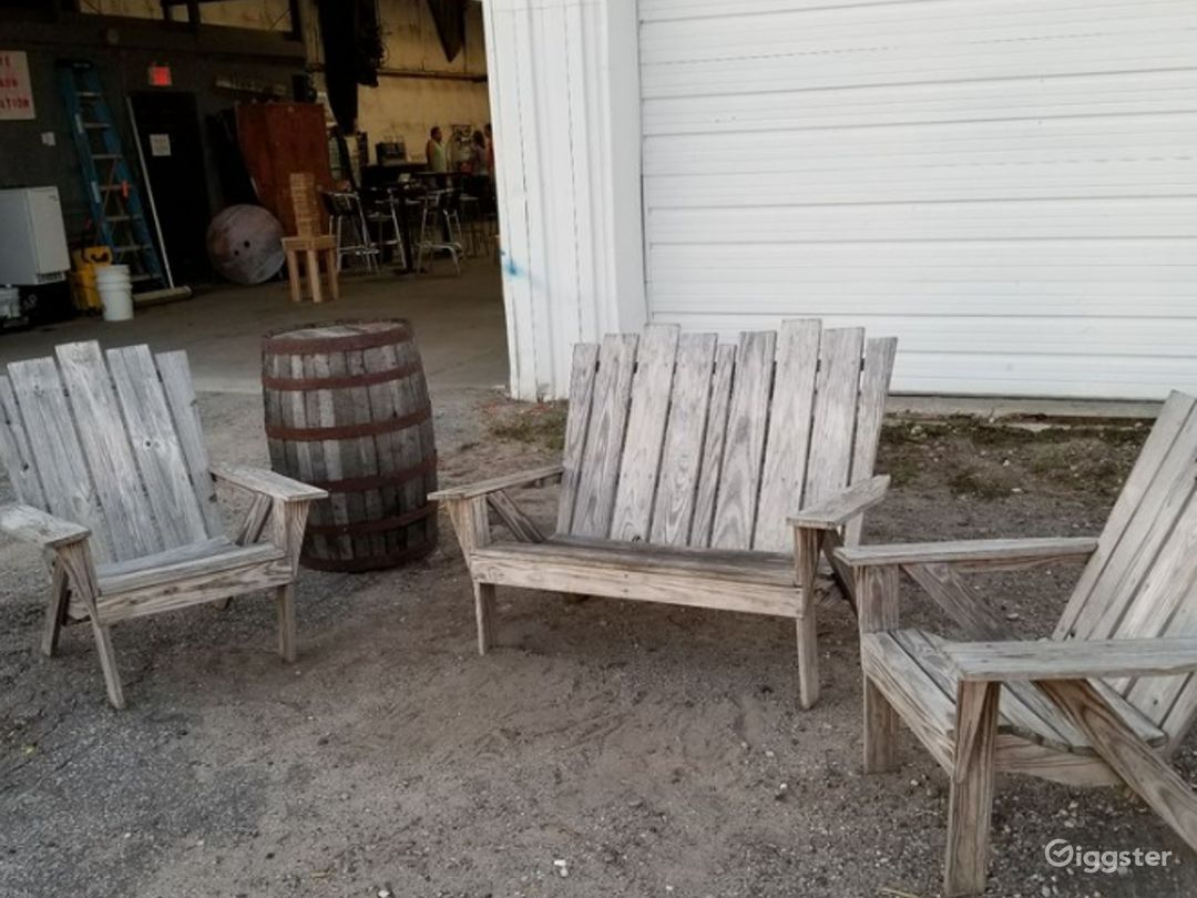Old-Looking and Breezy Backyard Brew House Photo 1