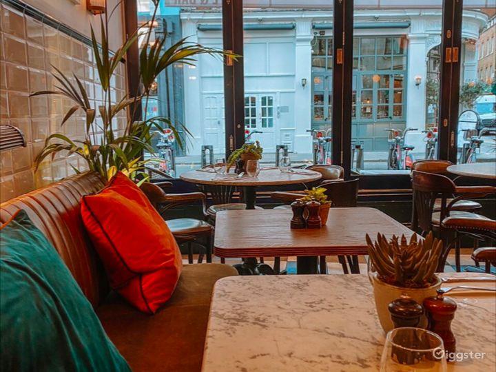Elevated European Restaurant in London  Photo 5