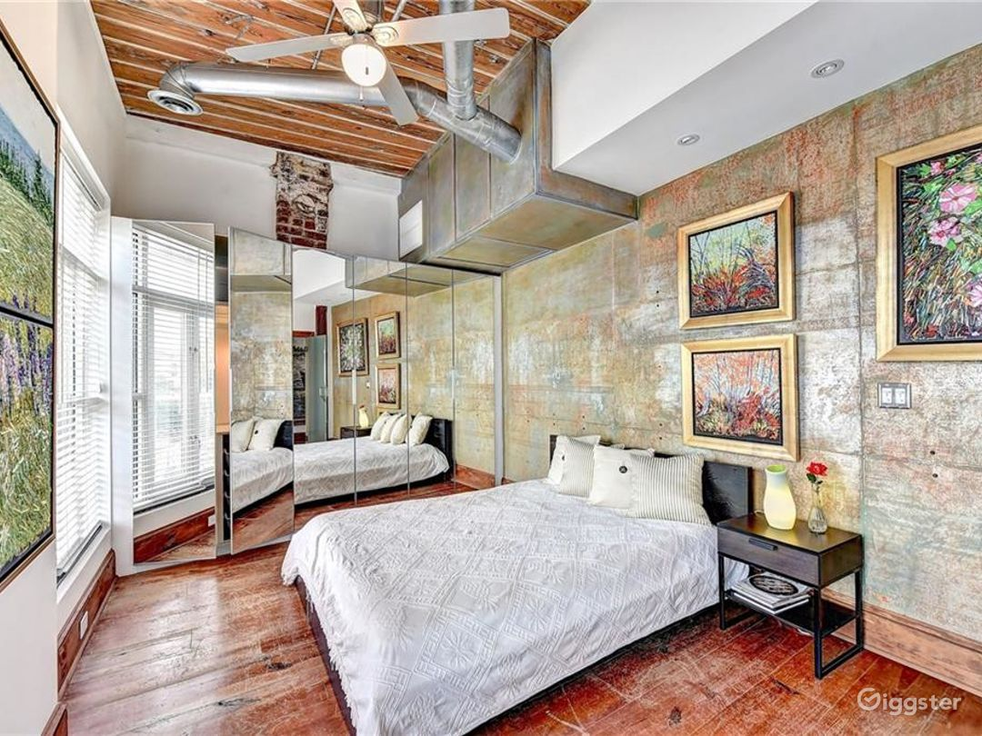 Bohemian Modern Loft Style Home with Art for Rent Photo 4