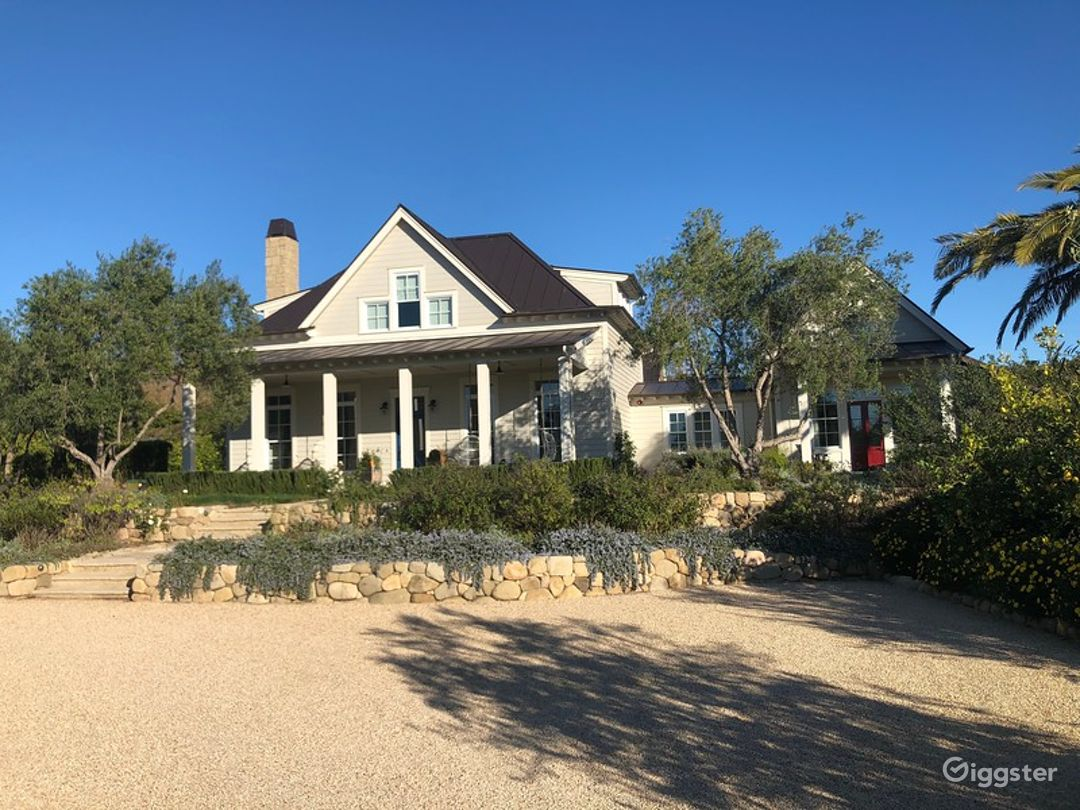 Charming Country House in Montecito Photo 1