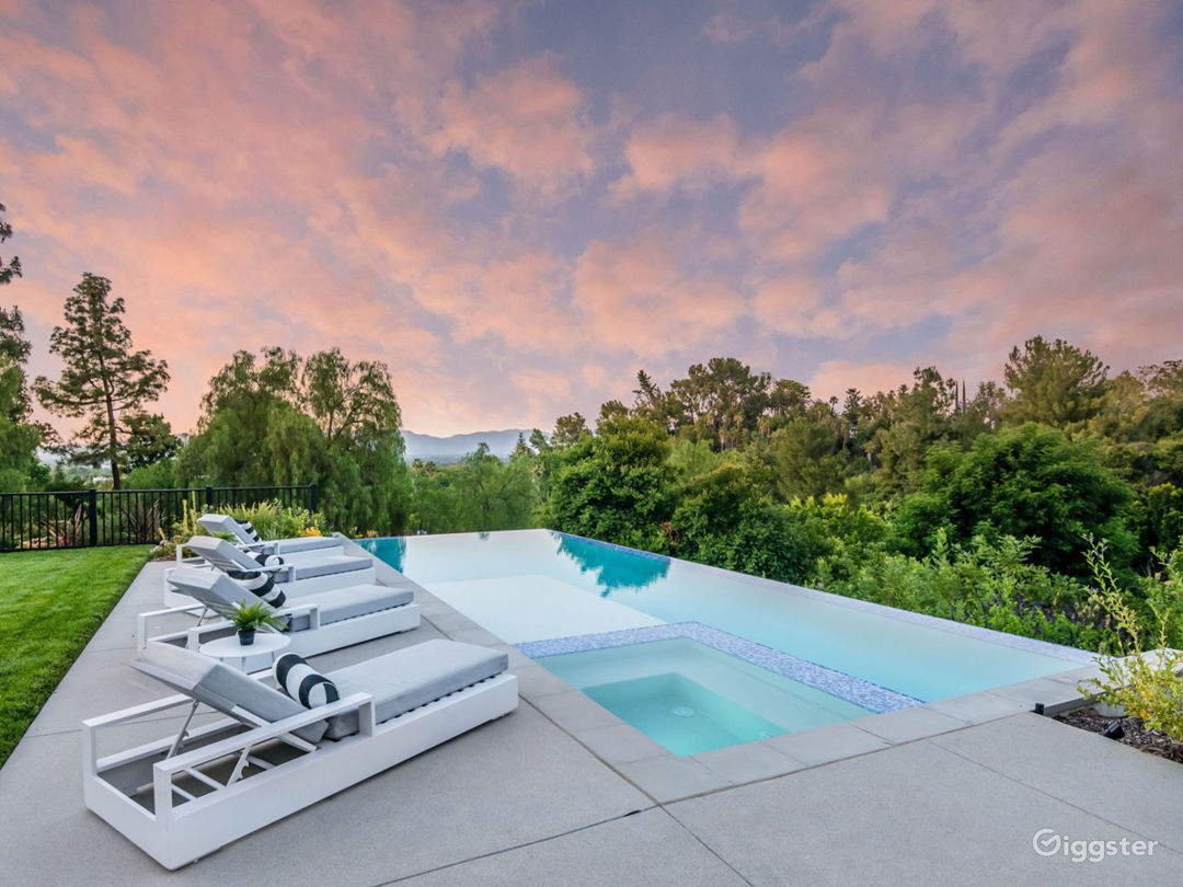 Newly Built Contemporary Cape Cod Estate with View Photo 3