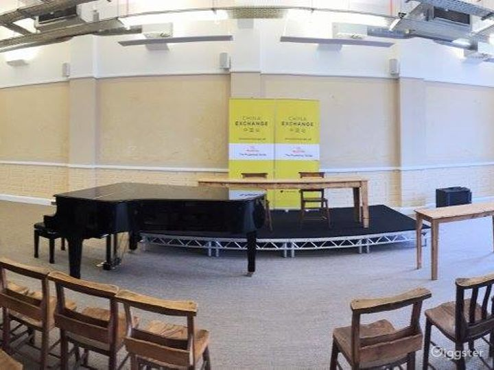 The Spacious Prudential Hall with Baby Piano Photo 3