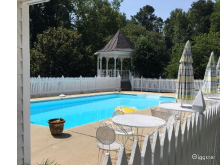 In-ground Pool Photo 2