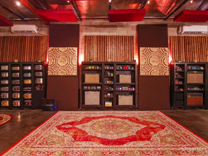 Luxury Sound Stage / Recording Studio Photo 2
