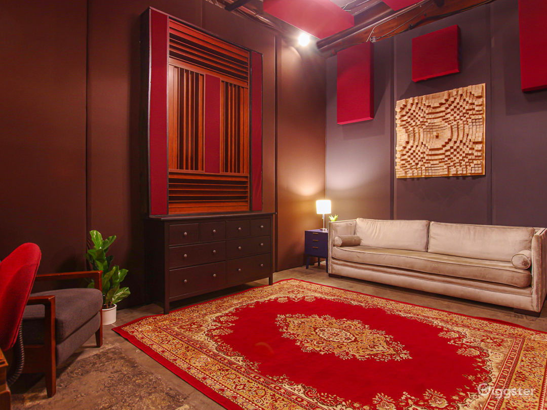 Luxury Sound Stage / Recording Studio Photo 4