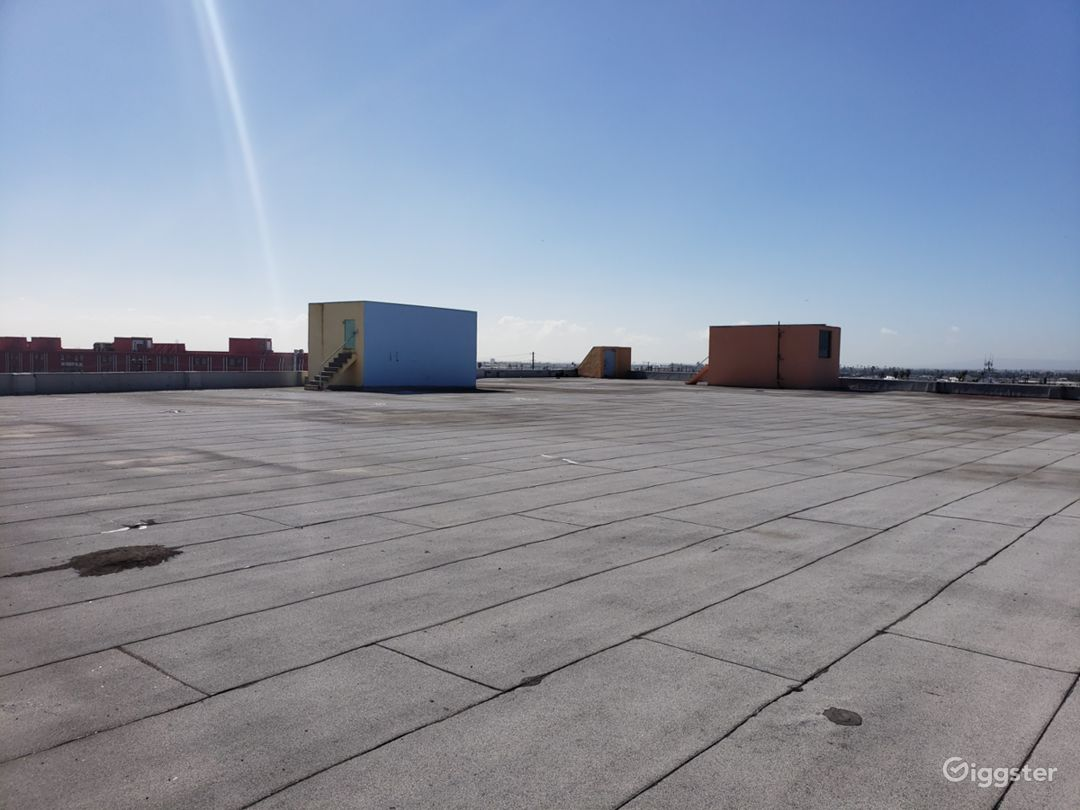 Rooftop View - Spacious
