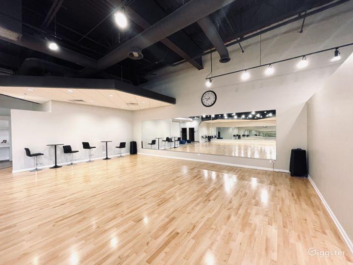Well-lit Ballroom Dance studio in Naperville Photo 4