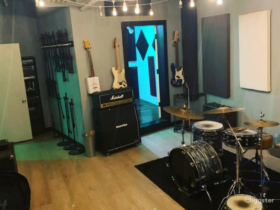 Professional Recording Studio w/Instruments&Mics Photo 1