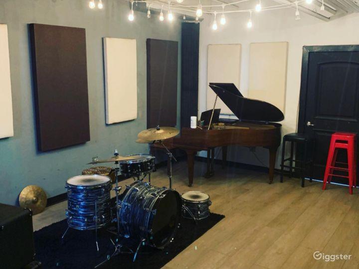 Professional Recording Studio w/Instruments&Mics Photo 4
